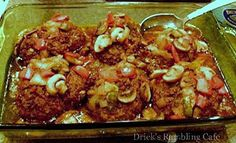 Meatloaf - Mini Meatloaves on Pinterest | Meat loaf, Cheesy meatloaf ...