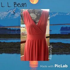 SALEL. L. Bean sleeveless casual dress S L. L. Bean sleeveless summer dress  90% rayon 10%spandex small-very stretchy. Will fit medium great   salmon pink color no flaws or signs of wear like new! L.L. Bean Dresses