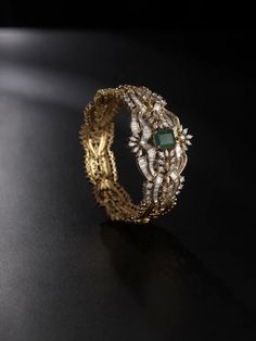 gorgeous ring with intricate details