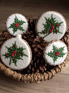 Christmas Love, Christmas Candy, Christmas Treats, Christmas Baking, Iced Cookies, Cupcake Cookies, Cupcakes, Christmas Sugar Cookies, Holiday Cookies