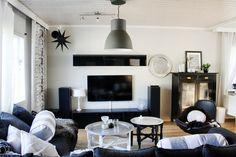Olohuone // vardagsrum // livingroom // reunionhome // tine k home // ikea // hemnes //