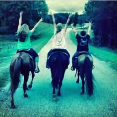 Best friend picture on horses!