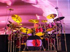 A Tribute to Rush - Neil Peart, Geddy Lee, Alex Lifeson, John Rutsey Rush Band, Alex Lifeson, Geddy Lee, Neil Peart, Drum Kits, Great Bands, Rock Bands, Drums, Neon Signs