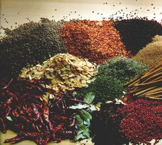 Kenyans use many spices to add intense flavor to their food. They find these spices in local supermarkets or from plants that are growing in their villages. Spices can alternate the flavors of the food. Easy Weight Loss, Healthy Weight Loss, How To Lose Weight Fast, Reduce Weight, Healthy Foods To Eat, Healthy Fats, Healthy Eating, Mayonnaise, Ketchup