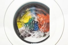 Which Cleans Better? Liquid vs. Powder Detergent