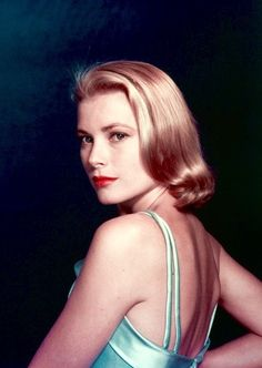 """summers-in-hollywood: """"Grace Kelly, February Photo by Philippe Halsman """" Kelly Monaco, Old Hollywood Glamour, Golden Age Of Hollywood, Classic Hollywood, In Hollywood, Old Actress, American Actress, American Idol, Philippe Halsman"""