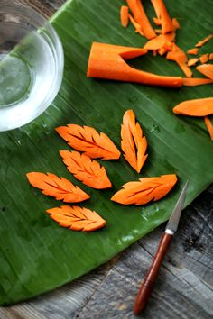 carving carrots for Beancurd dipping sauce (หลนเต้าเจี้ยว) (Thai food)