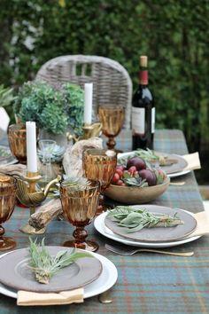 Succulent Outdoor, City Farmhouse, Beautiful Table Settings, Al Fresco Dining, Fall Table, Deco Table, Decoration Table, Elle Decor, Outdoor Dining