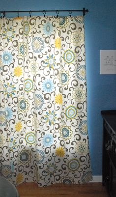 Learn how to whip up a set of curtains in no time at all -- without sewing a single stitch