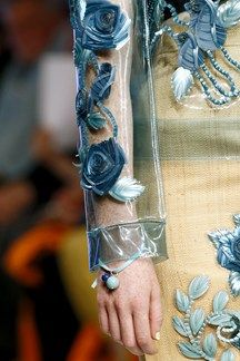 close up, beaded pvc at hully fulton ss 13