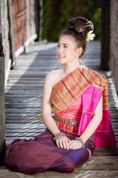 Thai Esan tradition costume