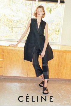 S/S 2013 : Daria Werbowy by Juergen Teller Juergen Teller, World Of Fashion, Fashion Brands, Fashion Tips, Fashion Design, Fashion Photo, Fashion Models, High Fashion, Women's Fashion