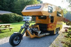 Motorcycle/camper Hybrid - Photo by Jon - Motorcycle/camper hybrid. A compromise to a mid-life crisis Motorcycle Campers, Moped Scooter, Scooter Girl, Weird Cars, Cool Cars, Scooter Custom, Old Campers, Volkswagen Bus, Travel Trailers