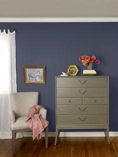 New Traditional bedroom vignette-walls: evening dove (2128-30), ceiling: baja dunes (997), trim: seapearl (OC-19)