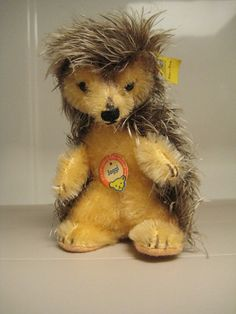 In my ETSY Shop: Steiff Vintage Joggi Hedgehog ~ All Ids ~ EAN 4312,00 ~ Raised Script Ear Button ~ Bear Faced Chest Tag ~ 1959 to 1967