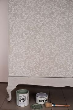 Annie Sloan paints using patterned paint roller  design no.1  www.the-painted-house.co.uk