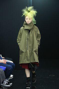 [No.70/73] tricot COMME des GARÇONS 2013~14秋冬コレクション | Fashionsnap.com