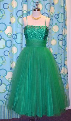 green 1950s prom dress