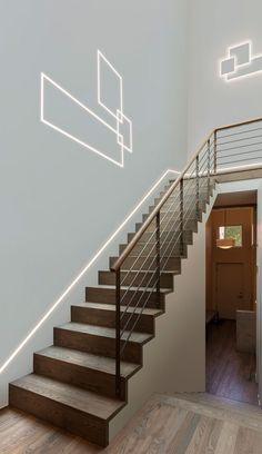 Stairways Lighting Ideas, Led Light Strips On Stairway Linear Lighting, Lighting Concepts, Strip Lighting, Modern Lighting, Staircase Lighting Ideas, Stairway Lighting, Staircase Design, Ceiling Light Design, False Ceiling Design