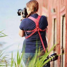 From Sweden shoutout to @phiabergdahl rocking her Pro Duo Foxy Red. Thanks for sharing. #leathercamerastrap #kawaprogear #fujifilm #fujidigital #fujicamera #vintagecamerastrap #canon #nikon #canondslrstrap #nikondlsrstrap #canoncamerastrap #nikoncamerastrap #vintagecamera #fashionphotographer #doubleholster #weddingphotography #camerastrap #doublecamerastrap #photography
