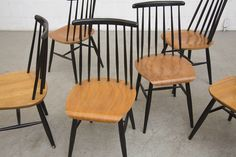 SET OF 6  TAPIOVAARA STYLE SPINDLE BACK DINING CHAIRS