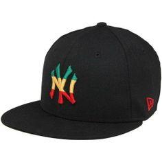 bd124b60 Amazon.com : MLB New Era New York Yankees Custom 59FIFTY Fitted Hat - Black  (7 1/8) : Baseball Caps : Sports & Outdoors