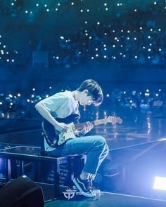"""""""Wow the photographer they hired this time took such beautiful pictures. Btw susah banget liat muka Sungjin waktu lg solo karena backlight parah, but the photographer managed to capture it 👏🏻"""" Chicken Little, Park Jae Hyung, Jae Day6, Kpop, Jaehyun, Jakarta, Cute Wallpapers, I Am Awesome, Entertaining"""