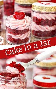 Mason Jar Cupcakes – Easy DIY Cupcakes and Cake in a Jar Recipes Cake in a Jar Recipes and Instructions – How To Make Cake in a Jar Gifts and mason jar cupcakes Mason Jar Cupcakes, Mason Jar Desserts, Mini Mason Jars, Mason Jar Meals, Mason Jar Gifts, Meals In A Jar, Mini Desserts, Cake In Mason Jar, Mason Jar Recipes