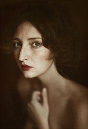 By Ilina Vicktoria