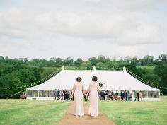 FESTIVAL BRIDES | Victoria and Peter's Romantic English Country Wedding…