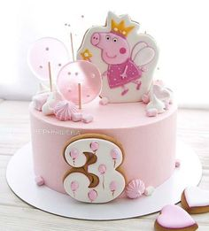 bolo decorado menina peppa Peppa Pig is really a British preschool computer animated telly Tortas Peppa Pig, Bolo Da Peppa Pig, Peppa Pig Birthday Cake, Birthday Cake Girls, Birthday Parties, Peppa Pig Cakes, Girls 2nd Birthday Cake, Birthday Bash, Birthday Ideas