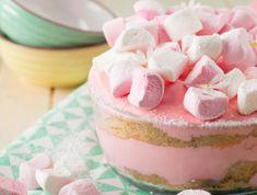 Marshmallow Fridge Tart recipe – All 4 Women Fluff Desserts, Great Desserts, Delicious Desserts, Dessert Recipes, Guava Desserts, Yummy Food, Tart Recipes, Cooking Recipes, Milk Tart