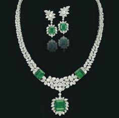BEAUTY AND FASHION: EMERALD DIAMOND SETS