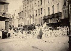 Paris XI - Barricade Rue de la Roquette 1871