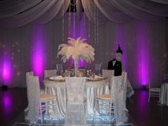 Stunning Wow Wedding idea.  Linens by www.linenhero.com