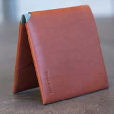 Bond & Knight British Leather Wallets  Color Collection // Blue Center