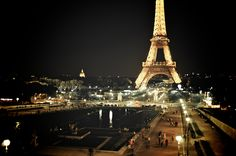 Night photography in Paris