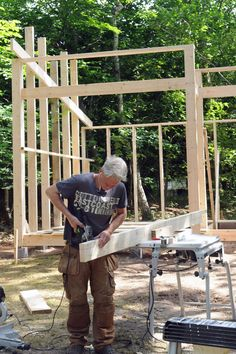 Teenage anneks i haven - #SILVANDIY Building A Shed, Tiny House, Pergola, Deck, Construction, Architecture, Outdoor Decor, Homemade, Annex