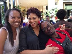 Erika Alexander, Kim Coles, and TC Carson. Comedy Events, Living Single, People Laughing, Single Women, Single Ladies, Film Books, Hollywood Stars, His Eyes, Erika