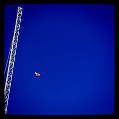 Is it a bird, is it a plane? No it's part of the crane. Another gorgeous blue sky.