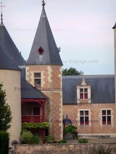 chteau de chamerolles chteau home to the perfumes museum in chilleurs aux - Chateau De Chamerolles Mariage