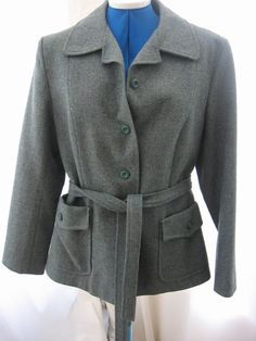 How to alter a woman's lined blazer (taking in side and back seams).