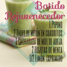 Batido Rejuvenecedor con Melón Autor: Mujer Holística Imprimir Ingredientes 1 pepino, pelado 2 tazas de melón en cuadrito
