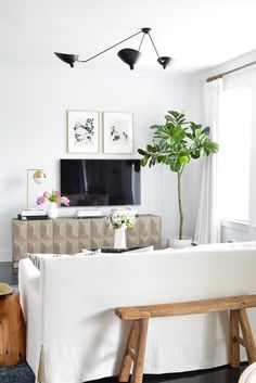 Dumbfounding Cool Tips: Transitional Decor Definition transitional interior bedrooms. Transitional Living Rooms, Transitional House, Transitional Lighting, Living Room Furniture, Living Room Decor, Villa, Home Wallpaper, Home Decor Styles, Furniture