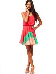 @asos.com.com.com does #colorblocking right in this girly frock. #outfitideas #BuenosAires