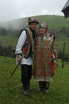 Eastern Europe | Portrait of a Hutsul couple wearing traditional wedding clothes, Western Ukraine, Ukrainian Carpathians #embroidery #wedding