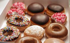 Dunkin Donuts <3 <3 <3 boston cream :Q___________