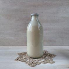 Coentros & Rabanetes: Bebida de cajú | Cashew drink Ipad Mini, Raw Food Recipes, I Foods, Glass Of Milk, Vegetarian, Drinks, Healthy, Breakfast, Raw Recipes