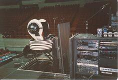 pink-floyd-1988-tour-backstage-7.jpg (1751×1187)