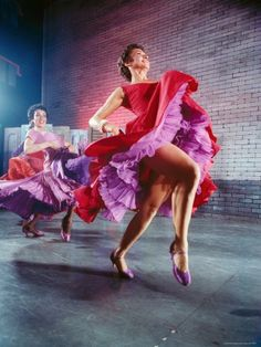 West Side Story- (Original Broadway with Chita Rivera ~ and yes ! Love Rita Moreno, too! Broadway Theatre, Musical Theatre, Broadway Shows, Broadway Nyc, Dorothy Dandridge, Rita Moreno, Fred Astaire, Shall We Dance, Lets Dance